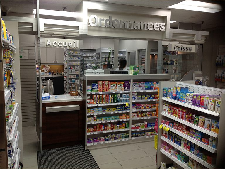 Aménagement intérieur de pharmacie à Pointe-Claire - Pharmatec
