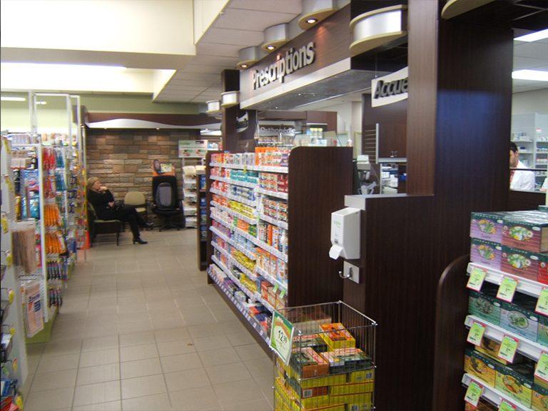 Aménagement intérieur de pharmacie à Vaudreuil-Dorion - Pharmatec